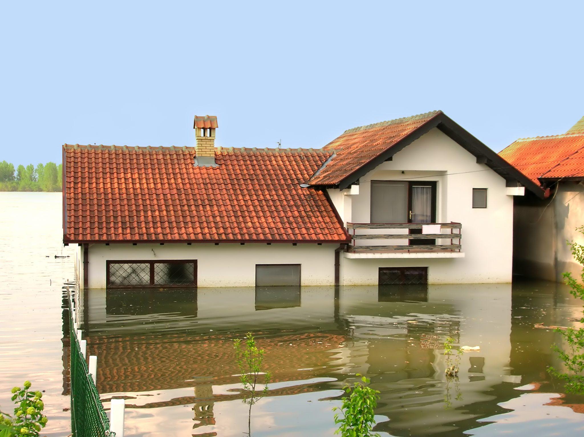 Zniszczona nieruchomość – odszkodowanie powypadkowe